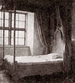 Домик Петра I. Спальня. Фото 1956 года.